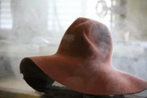 Sfumosa: grazie al  getto di vapore ammorbidisce il materiale rendendolo molto malleabile e idoneo alla successiva lavorazione
